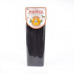 Спагетти с чернилами каракатицы